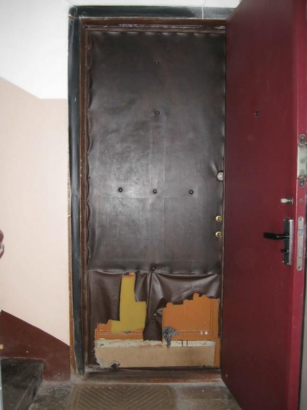 Как обновить входную металлическую дверь своими руками
